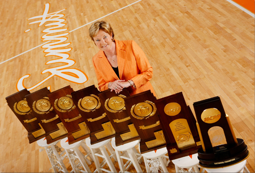 Players, coaches make pilgrimage; say goodbye to Pat Summitt